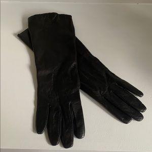 Club Monaco 100% leather/silk long black gloves SM